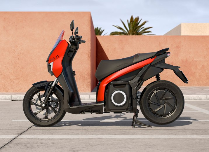 SEAT-Mo-eScooter-125-perfil